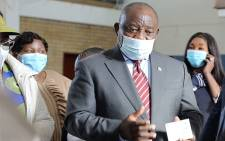 President Cyril Ramaphosa interacts with staff at the Rabasotho Community Centre vaccination site in Tembisa on 29 July 2021. Picture: Xanderleigh Dookey Makhaza/Eyewitness News