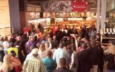 A video of a flash mob tribute to Nelson Mandela with the Soweto Gospel Choir has gone viral. Picture: Screenshot via YouTube.