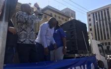 DA leader Mmusi Maimane addresses party supporters during a march to the National Treasury. Picture: Kgothatso Mogale/EWN
