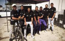 This group of Bonteheuwel youths has launched a maintenance business - they're literally cleaning their community and spreading hope. Picture: Lizell Persens/Eyewitness News