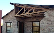 House damaged by earthquake in Khuma township, Stilfontein. Picture: Sebabatso Mosamo/EWN.
