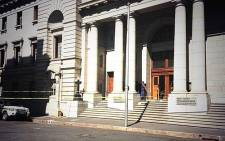 The entrance to the Western Cape High Court has been cordoned off following a shooting on 9 October 2013. Picture: Shamiela Fisher/EWN