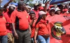 FILE: Samwu members marching to Tshwane House to deliver a memorandum of demands based on governance failure in the City. Picture: Twitter/Samwu