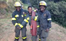 Firefighters remained optimistic as they battled a blaze in the Vredehoek and Oranjezicht areas that was later contained. Picture: Lauren Isaacs/EWN.