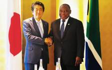 President Cyril Ramaphosa (R) held bilateral discussions with Japanese Prime Minister Shinzo Abe in Yokohama, Japan, on the sidelines of the Tokyo International Conference on African Development. Picture: @PresidencyZA/Twitter.