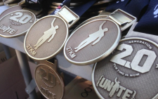 This is the medal awaiting runners and cyclists at the end of the race. Picture: Reinart Toerien/EWN.