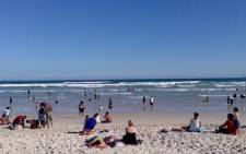 FILE: Cape Town beachgoers have been urged to refrain from taking alcohol to the city's beaches. Picture: EWN.