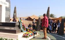 Gauteng Premier David Makhura pays his respects at the gravesite of OR Tambo in Brakpan on 27 October 2019. Picture: @MYANC/Twitter
