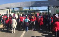 Workers at the National Health Laboratory Services downed tools over labour related issues on 26 July 2017. Picture: EWN