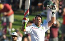 Jacques Kallis has scored his 45th century in the second test against India in Durban.