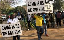 FILE: Supporters of former President Jacob Zuma outside the Pietermaritzburg High Court on 27 July 2018. Picture: Babalo Ndenze/EWN