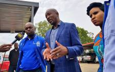 FILE: DA leader Mmusi Maimane on 10 April 2019 went on a walkabout at the Princess Clinic in Roodepoort where an average 20% of patients are undocumented, and many of them migrants. Picture: @Our_DA/Twitter