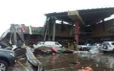 FILE: Several people have been injured after a roof collapse at the Phumulani Mall in Tembisa. Picture: ER24.