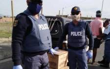 FILE: SAPS Western Cape members and other law enforcement agencies participated in various vehicle checkpoints & roadblocks. Several suspects were arrested for robbery and liquor-related offences. Picture: SAPS/Twitter.