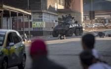 FILE: Army officials patrolled the streets during election protests in Zimbabwe on 1 August 2018. Picture: Thomas Holder/EWN.