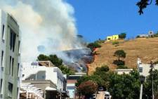 A fire on Signal Hill on 1 December 2014. Picture: Twitter via @RhondaQ.