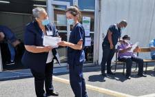 The Karl Bremer Hospital has repurposed its COVID-19 test and triage tent as a vaccination site. Image: Premier Alan Winde/Facebook
