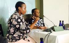 Elizabeth Phangela (R) gives evidence at the Life Esidimeni hearing in Johannesburg on 8 November 2017. Picture: Masego Rahlaga/EWN.