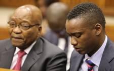 Duduzane Zuma accompanied by his father, former President Jacob Zuma, at the Randburg Magistrates Court on 26 October 2018. Picture: Thomas Holder/EWN