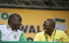FILE: ANC President Cyril Ramaphosa with his deputy David Mabuza at the 2017 Nasrec elective conference. Picture: EWN