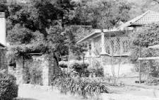 Photo of the cottage at Liliesleaf Farm where Ahmed Kathrada stayed in 1963. Photo: Historical Papers, University of the Witwatersrand.