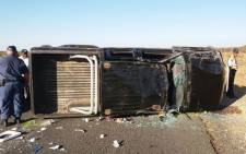 A bakkie overturned in Kimberly, injuring nine people. Picture: er24.co.za