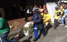 FILE: Chaos broke out in the Cape Town CBD during the Samwu strike on 6 May 2015. Picture: Xolani Koyana/EWN.