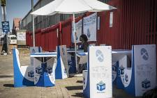 One of two temporary voting registration stations set up in Denver near Johannesburg's CBD after protests in the area left station venues closed. Picture: Reinart Toerien/EWN.