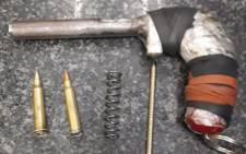 Mfuleni police arrested a 31-year-old man found to be in possession of a homemade firearm and two R1 rifle rounds on 4 March 2021. Picture: @SAPoliceService/Twitter