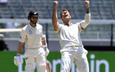 Australian paceman James Pattinson (R) celebrates dismissing New Zealand batsman Kane Williamson (L) on the fourth day of the second cricket Test match at the MCG in Melbourne on 29 December 2019. Picture: AFP