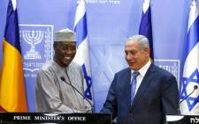 Israeli Prime Minister Benjamin Netanyahu (R) shakes hands with Chadian President Idriss Deby as they deliver joint statements in Jerusalem on 25 November 2018. Picture: AFP