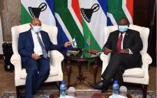 Lesotho's Prime Minister Moeketsi Majoro (L) and President Cyril Ramaphosa during a courtesy visit on 12 June 2020 at Mahlamba Ndlopfu in Tshwane. Picture: @PresidencyZA/Twitter.