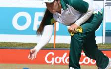 Johanna Snyman in action during the Women's lawn bowls.  Picture: Twitter/@TeamSA17