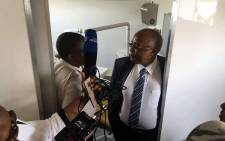 Health Minister Aaron Motsoaledi visited the Mediosa mobile clinic in the North West on 2 March 2018. Picture: Hitekani Magwedze/EWN.