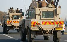 FILE: Members of the South African National Defence Force (SANDF) patrol Rea Vaya routes in Soweto. Picture: EWN