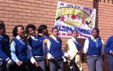 Children from the Lodirile Secondary School wish Nelson Mandela a happy 94th birthday. Picture: Matshidiso Madia/EWN