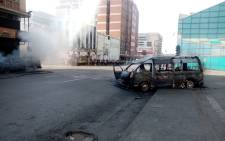 Taxi violence erupts in the Johannesburg city centre on 16 October 2021. Picture: Twitter/JMPD