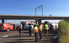 The scene of an accident on the R101 near Pyramid in Pretoria. A minibus taxi transporting school children overturned. Picture: Twitter @heinjvv