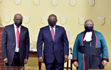 President Cyril Ramaphosa (centre) with Minister in the Presidency Mondli Gungubele (left) and Deputy Chief Justice Raymond Zondo at the ministers' swearing in on 8 August 2021 after the Cabinet reshuffle. Picture: GCIS
