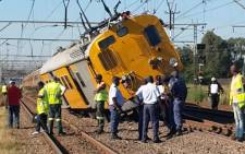 A train derailed near Elandsfontein station en route from Pretoria to Johanneburg. Picture: @MedixGauteng via Twitter.