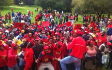 FILE: The militant Numsa union, which represents around 100,000 workers in the auto retail sector, held a month-long strike in the auto sector after pay talks deadlocked in 2013. Picture: EWN.