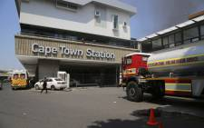Six carriages at platforms 17 and 18 at Cape Town station were damaged in the fire. Picture: Cindy Archillies/EWN