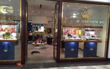 Police are investigating a robbery at the Trigg Jewellers in Claremont. Picture: Natalie Malgas/EWN.