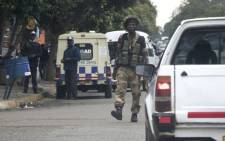 A Zimbabwean soldier at an intersection in Harare on 15 November 2017. Picture: AFP.