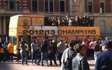 Kaizer Chiefs team parade the Premiership trophy through the Johannesburg CBD on 28 May 2013. Picture: Lelo Mzaca/EWN Sport