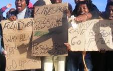 Protesters highlight the ongoing cases on mob justice in Khayelitsha outside the court. Picture: EWN