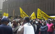 Hundreds of taxi operators making their way to office of MEC in Johannesburg CBD on 17 November 2014. Picture: Aurelie Kalenga/EWN.