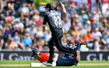 New Zealand's Colin Munro runs out England's Sam Billings during the Twenty20 cricket match between New Zealand and England at Saxton Oval in Nelson on 5 November 2019. Picture: AFP