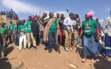 Thousands of miners sing and dance as they wait for Amcu president Joseph Mathunjwa to address them as they mark four years since the Marikana massacre 16 August 2016. Picture: Kgothatso Mogale/EWN.