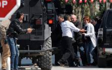 FILE: Tunisian security forces secured the area after gunmen attacked Tunis' famed Bardo Museum on 18 March 2015 and freed the captives. Picture: AFP.